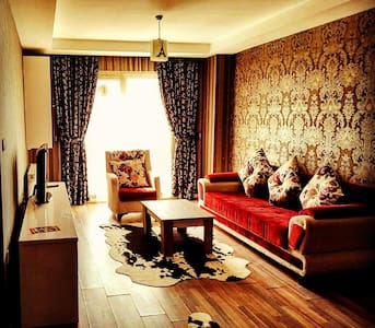 LUXURY COZY 1+1 ROOM NEXTTO TUYAP FAIRAND METROBUS