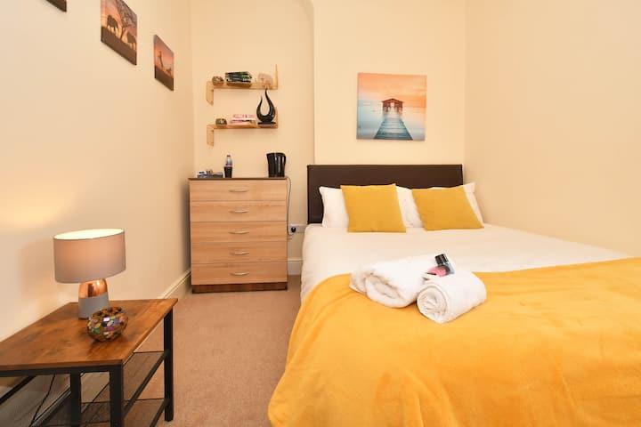 Townhouse @ 178 Ruskin Road Crewe - Single Room