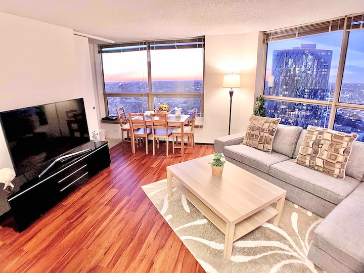 Great View Downtown Apartment  Nice Location 3