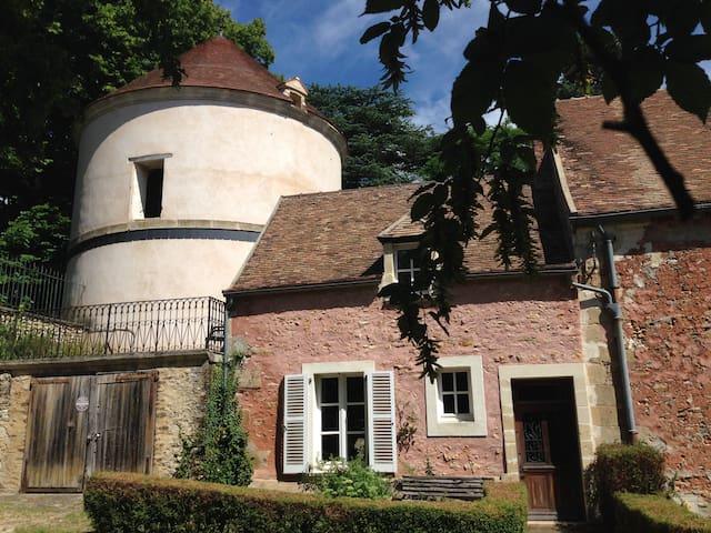 Maison indépendante nichée à côté d'un pigeonnier - Boisemont - Ház