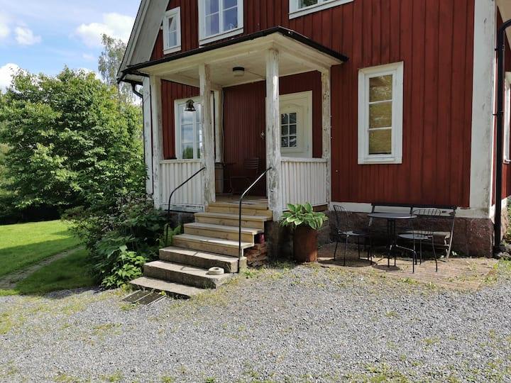 Lägenhet för 1 -3 personer utanför Linköping
