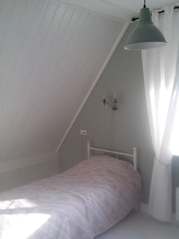 Room for one person at Hoge Enk - Doornspijk - Casa