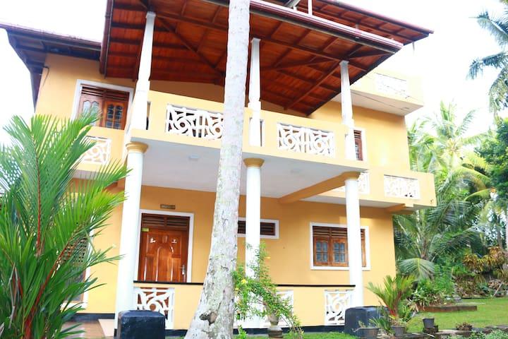 SuSha Holiday Home -Happy One House