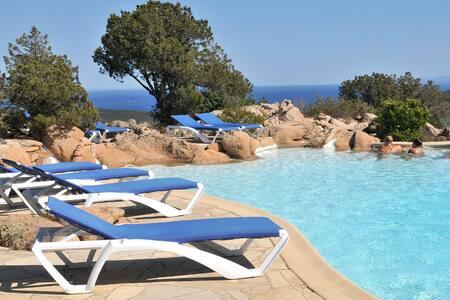 Villa T2 3 étoiles (vue mer/maquis) - Bonifacio - 別荘