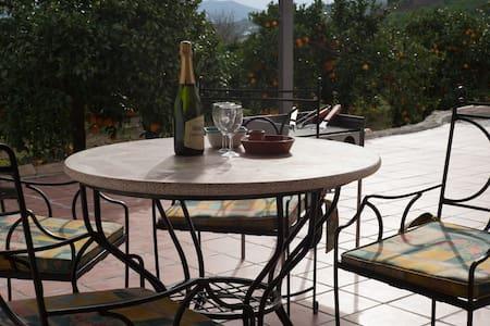 Stunning views of El Chorro - Casa