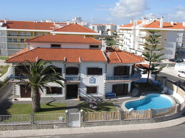 Santa Beach House - Shared Room - Torres Vedras - House