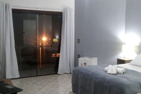 Suíte C/Hidro Amber Sul - Gramado - Gramado - Bed & Breakfast