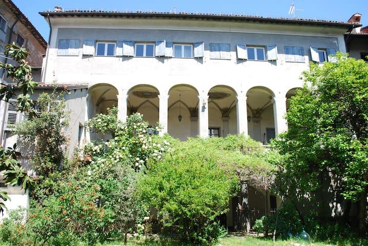 ABITARE IN UN PALAZZO STORICO - NOVI LIGURE - Apartment