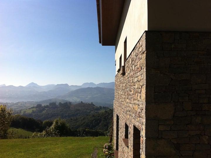 Elegan villa with breathtaking view