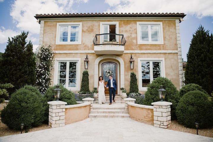 Monte Ventoso - luxury Tuscany in Virginia