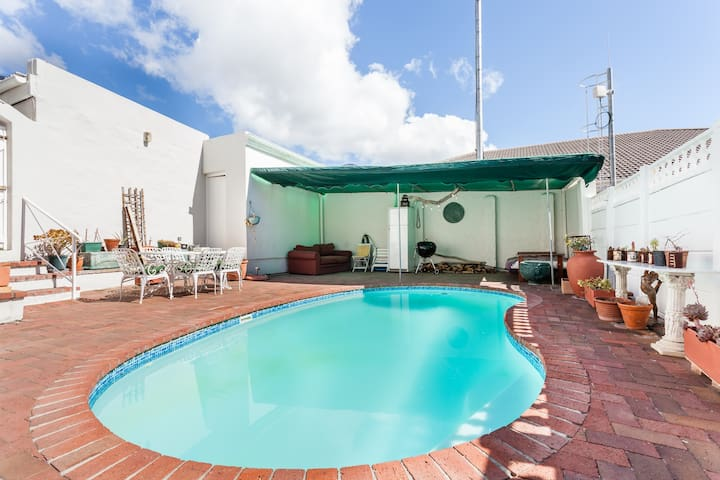 Use our pool and braai (bbq) area.