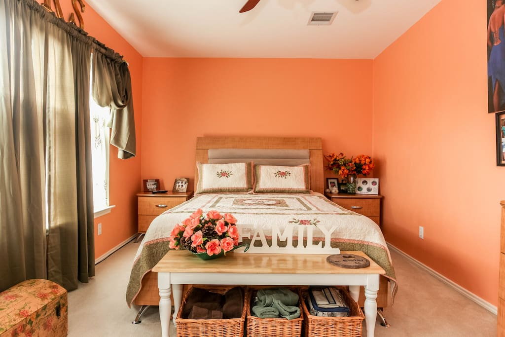 yourprivate room with breakfast chambres d 39 h tes louer pflugerville texas tats unis. Black Bedroom Furniture Sets. Home Design Ideas