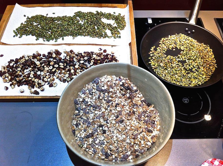 The ingredients in Dots organic Muesli