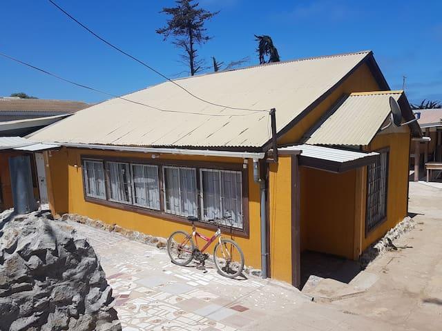 Cabaña de veraneo en Playa de San Sebastián. Chile