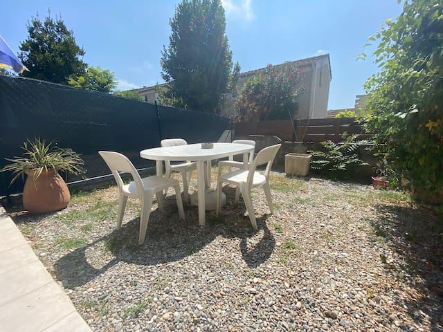 Magnifique studio avec jardin cannes/le cannet