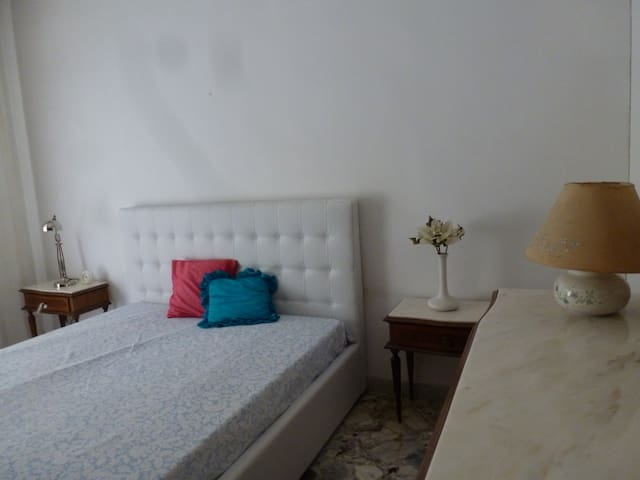 Flat in the heart of an important historical town - Gioia del Colle - Apartamento