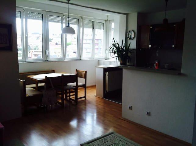 Apartamant in Prishtina - Prishtina - Departamento