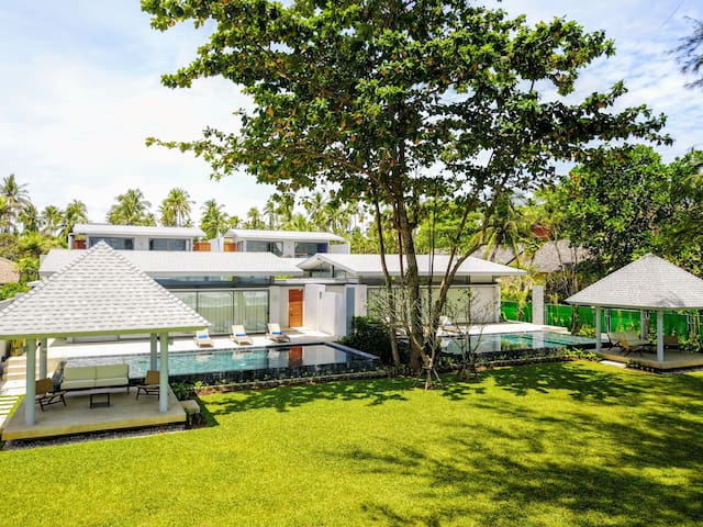Twin Villas Natai - North Villa Beachfront