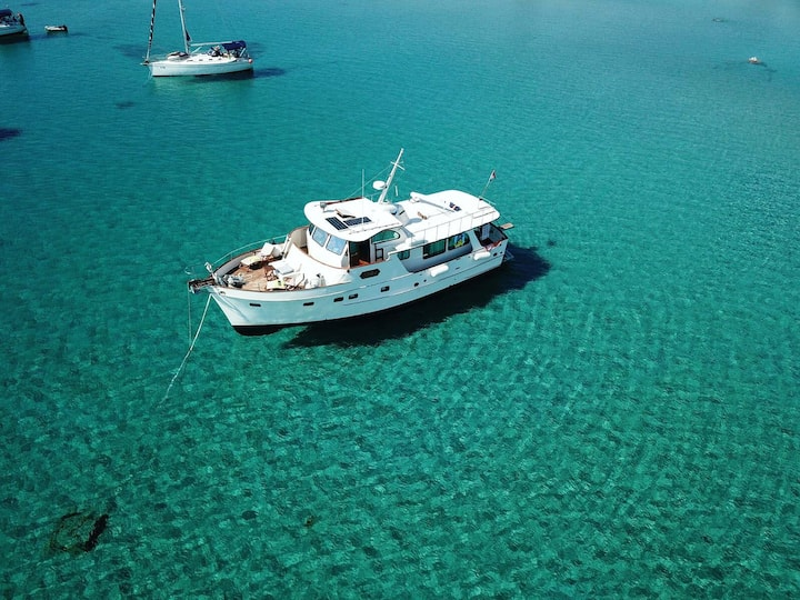 Yacht charter Inkal