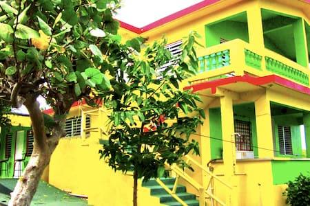 Unit 2: Studio Apartment - Vieques - Guesthouse