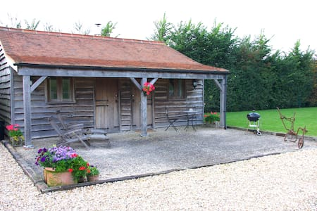 The Stables At Clare Cottage - Stowell, Sherborne - Chalé