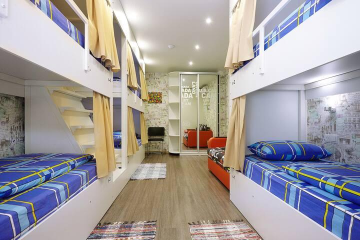 Место в 6-и местном номере - Belgorod - Hostel