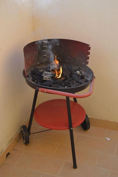 Barbacoa para hacer deliciosas parrilladas de carnes o pescados.