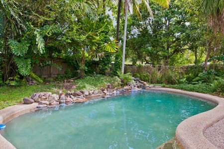 Artist's home in Manoora, Cairns  - Manoora