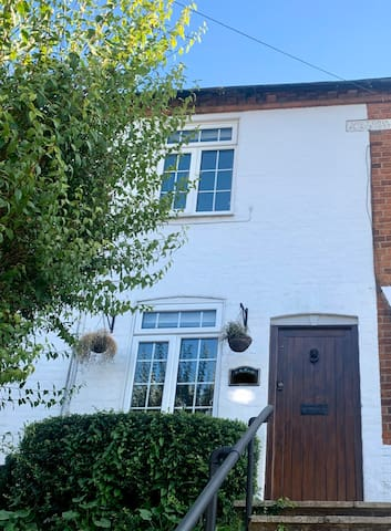 Bright and airy Double room in lovely Chesham