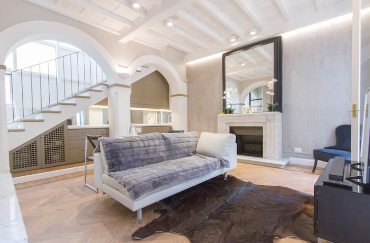 Elegant and fully furnished apt in Duomo