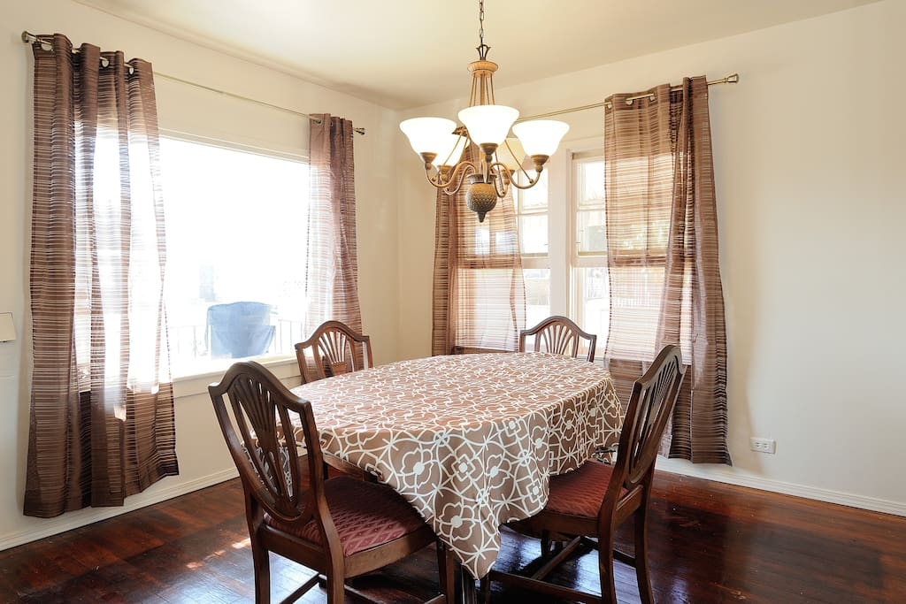 Nice dining room with expandable table.