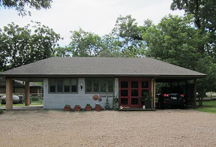 Studio G in McKinney TX - McKinney - Hus