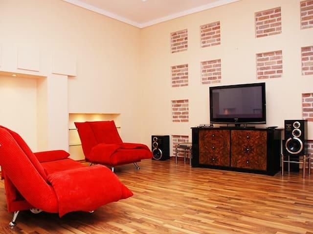 К218. Вип квартира. 8 спальных мест - Kiev - Íbúð