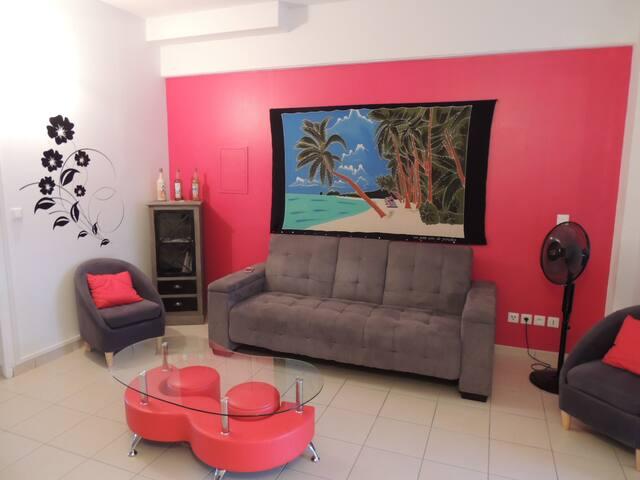Charmant appartement t3 avec piscine - Les Trois-Îlets - Wohnung