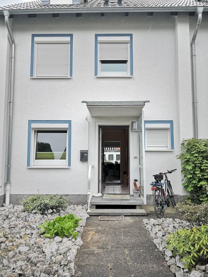 Privatzimmer in Hameln, ruhig und stadtnah (Zi. 1)