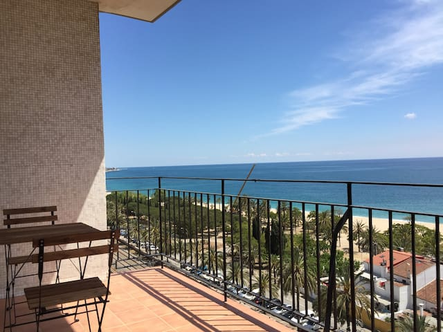 Apartment in beachfront Barcelona-Mataró