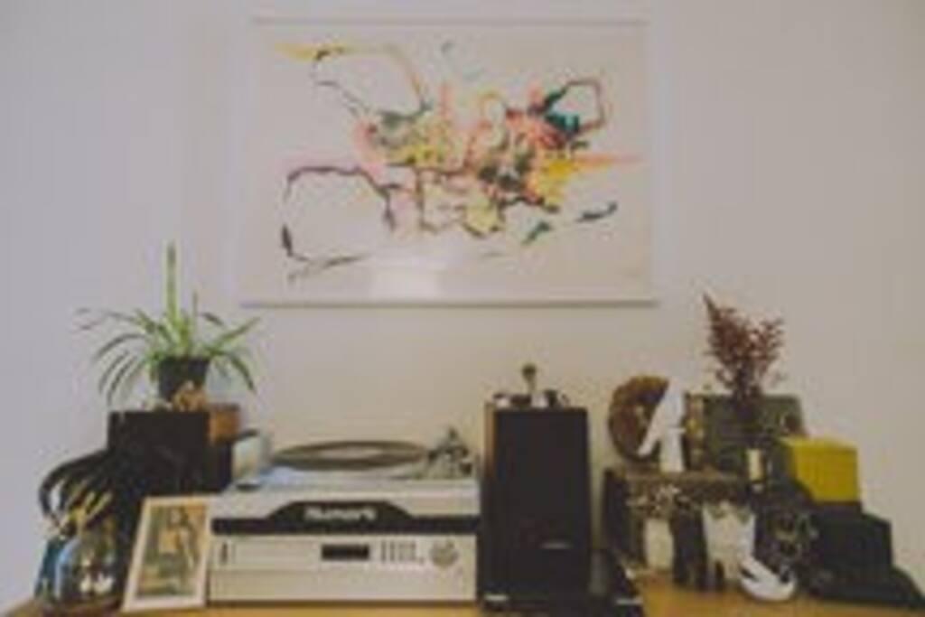 We Love Vinyl LP's!