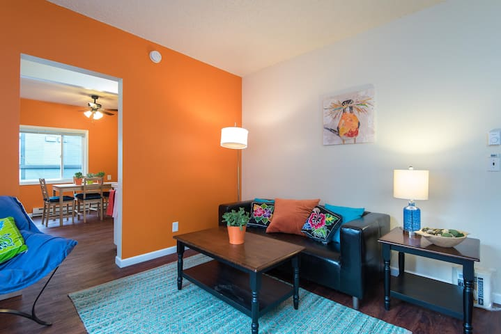 NW Portland One Bedroom Oasis