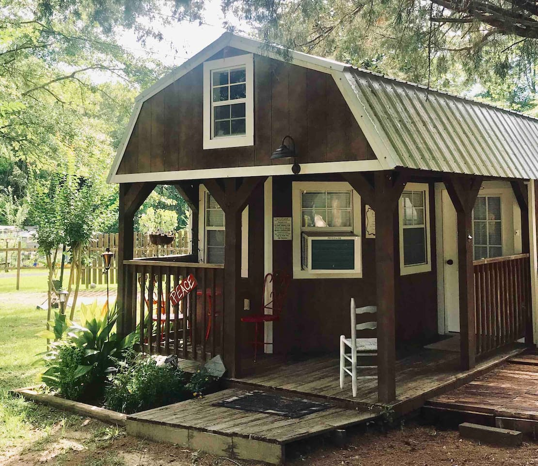 """Front Porch of Cabin """"Peace"""""""