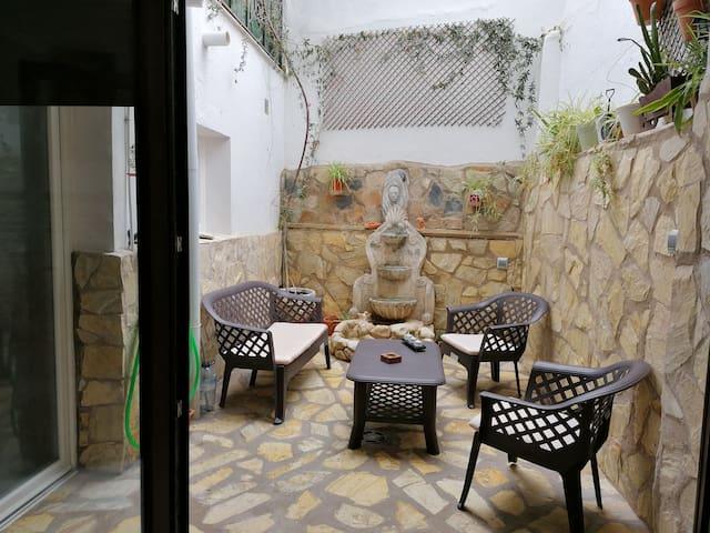Casa  Centro de Extremadura. 9 min a Mérida