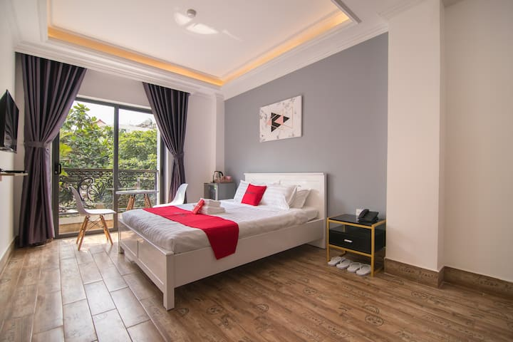 ♥ Deluxe Room ♥ near Tan Son Nhat Airport ♥