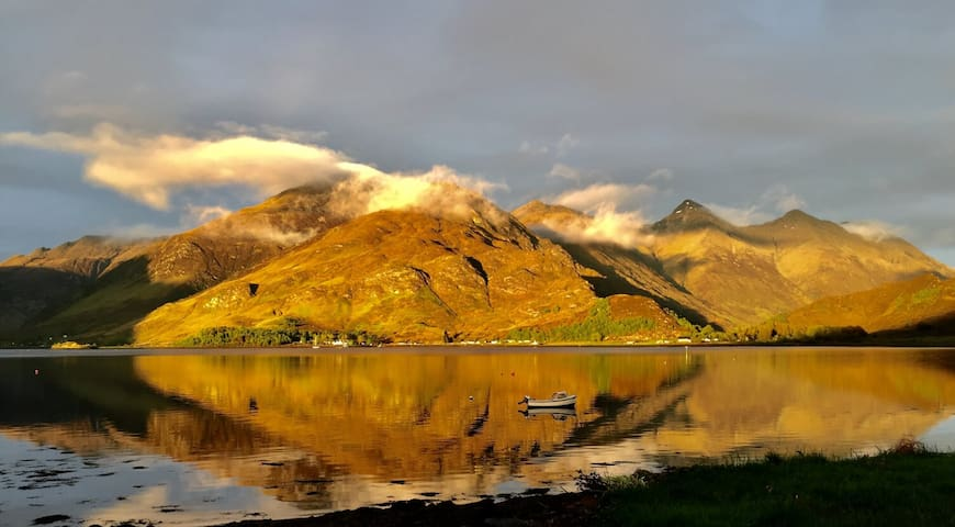 Kintail - on the shore of Loch Duich, Glenshiel