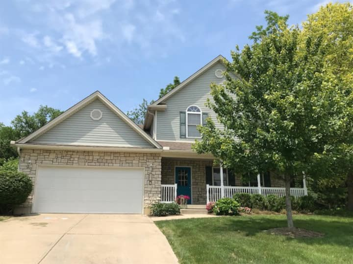 4 Bedroom Family Home Near Miami University