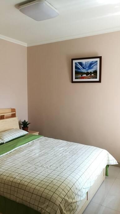 卧室 大床房