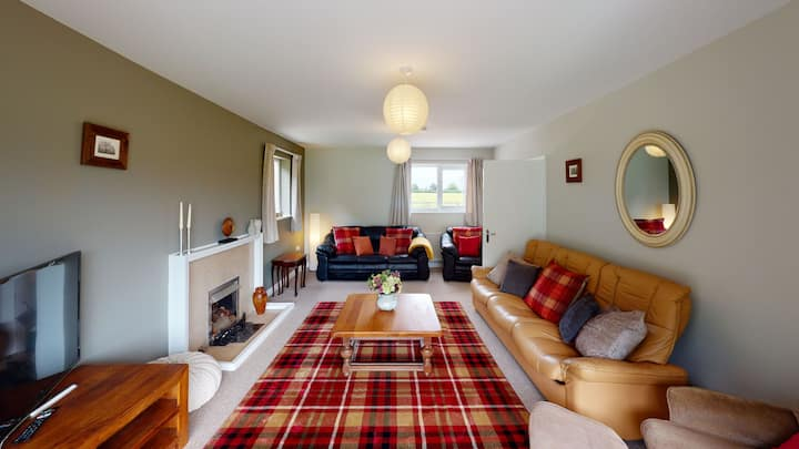 Woodlands Cottage - Rural Retreat - Near York