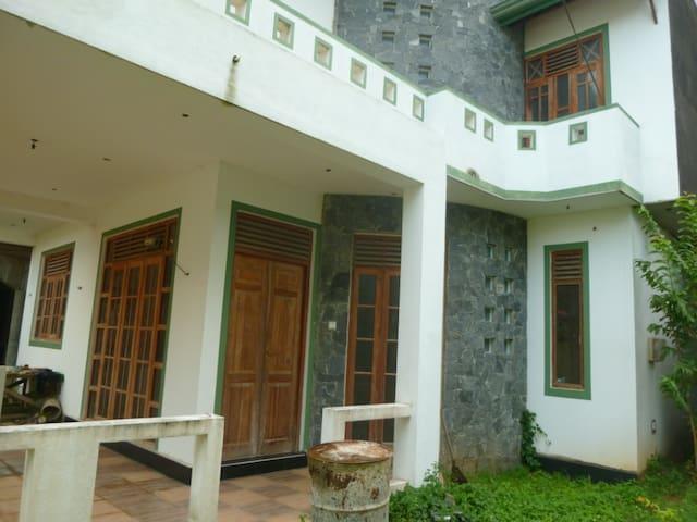 Villa Tenara  - Matara - House