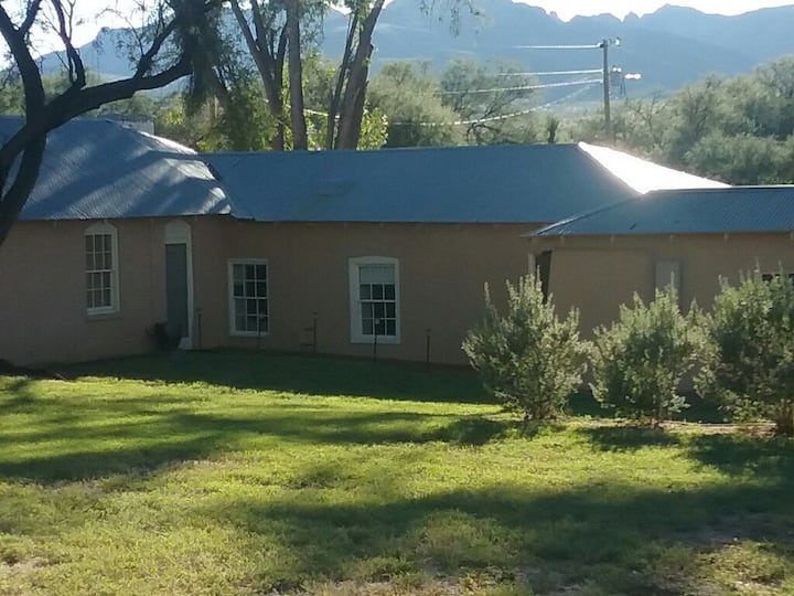 Get away to the Ranch - Comfortable 2 Room Suite