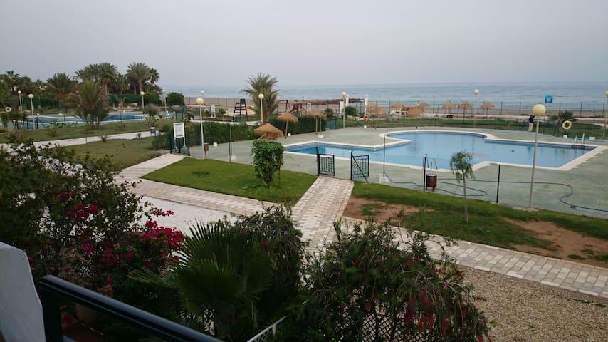 Apartamento con vistas al mar. Vera Playa.