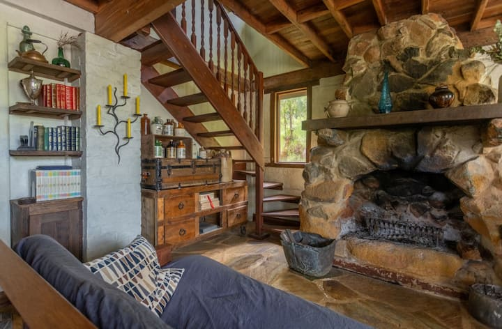Getaway, Perthhills,fireplace,special space,nature