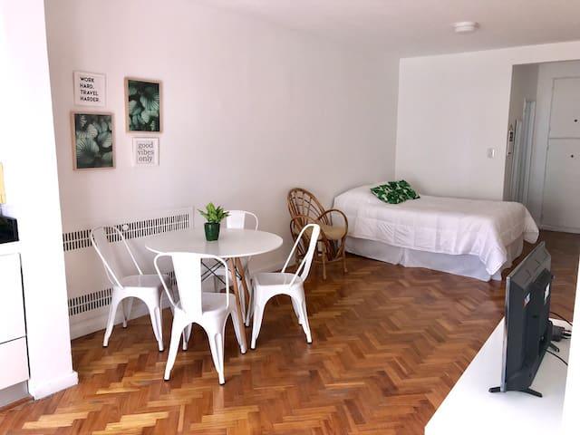 Studio moderno y luminoso en Recoleta
